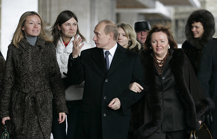 Vladimir-Putin-Lyudmila-P-008